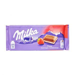 شکلات توت فرنگی میلکا